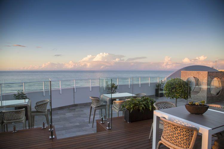 Kirra Rooftop - Australia