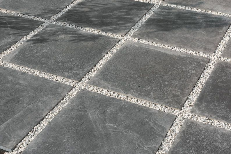 EXTREME Anthracite 60x60 cm - strutt. K2 20 mm - Grau - Außenbereich in 20 mm Staerke