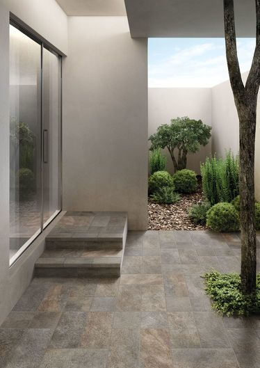 Midlake Porfido 22,5x22,5 - 22,5x45,3 Structured R11 - Grey - Exteriors