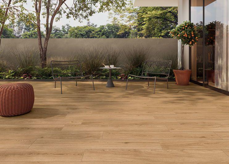 suelos efecto madera para exteriores