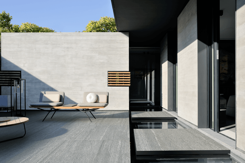 Pietra di Bagnolo 120X120 cm. RT K2 20mm - Grey - Exteriors in 20 mm thickness