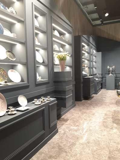 Salone del Mobile Milano 2019 serie E.Lux Grigio Imperiale per stand @Ercuis