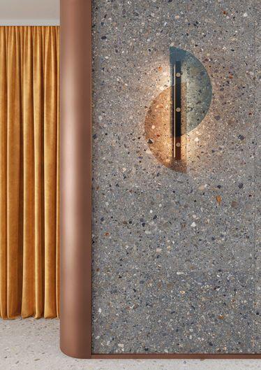sol mat effet marbre décoré sombre